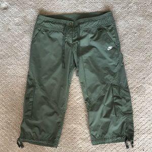 Nike Capri outdoor pant size M